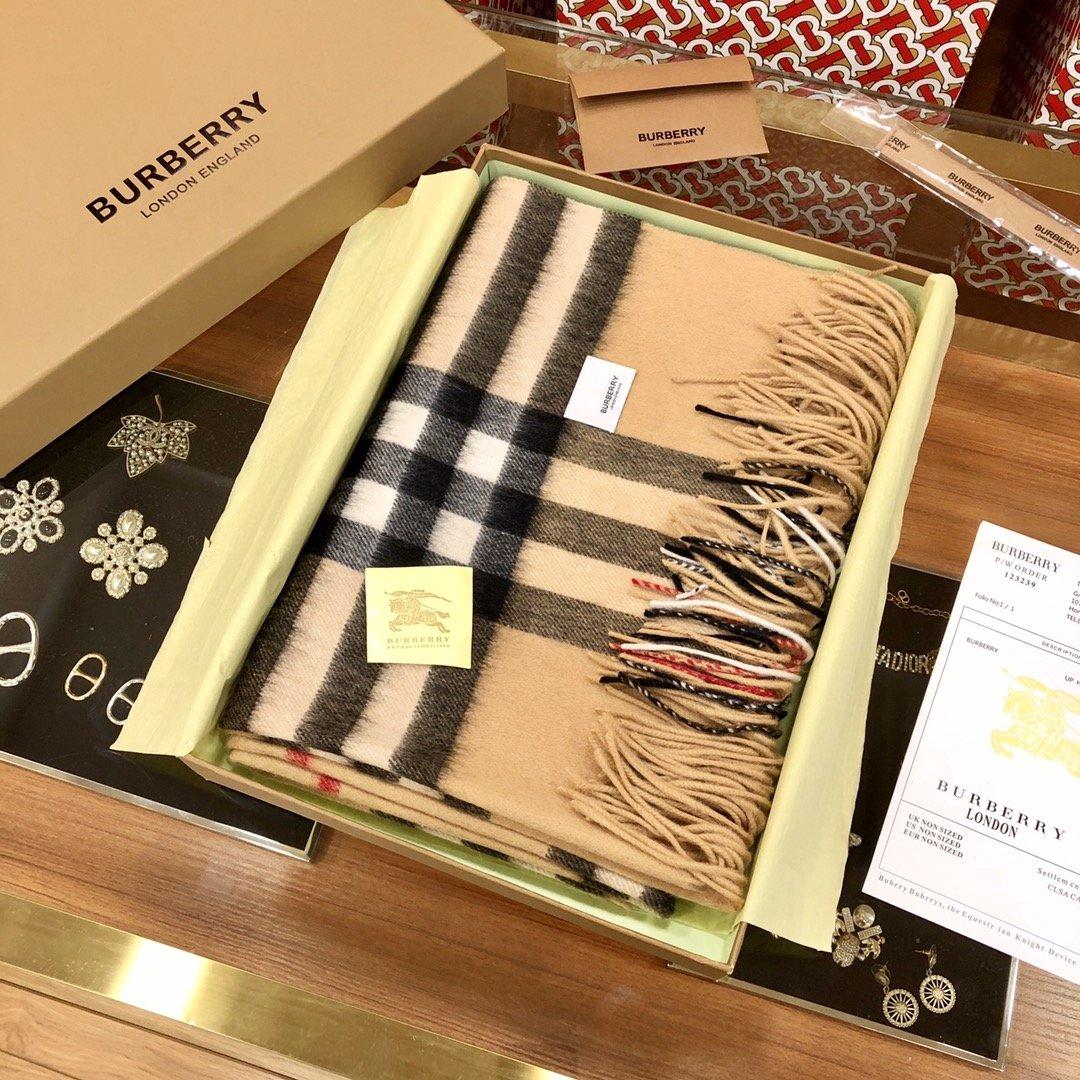 Burberry披肩  羊毛 驼色 经典 专柜同款(图3)