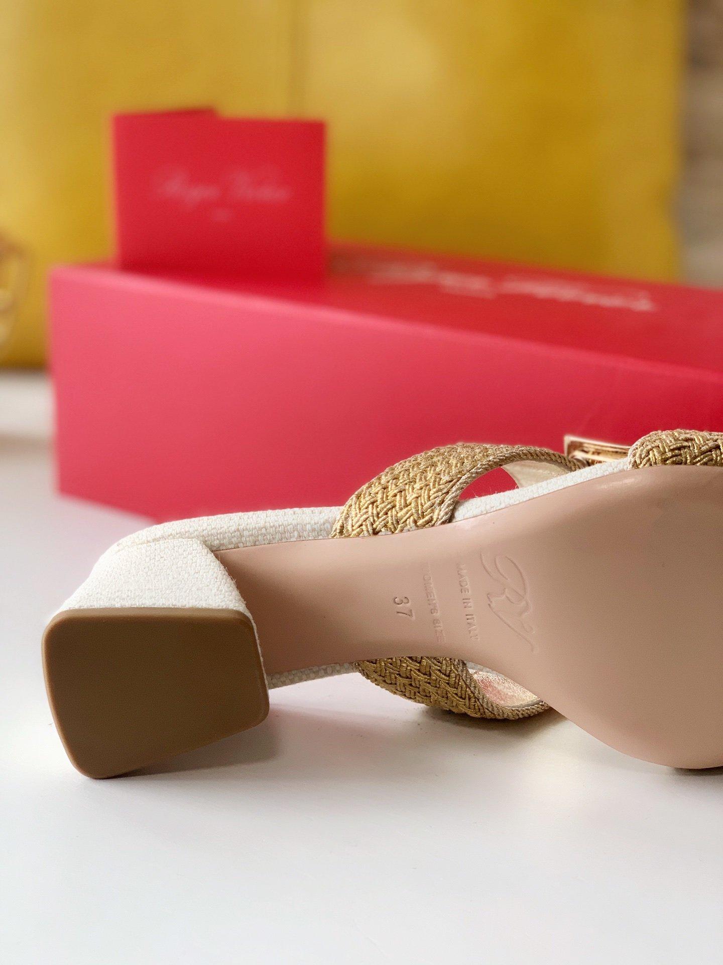 Roger Vivier编织穆勒鞋金属扣粗喇叭跟亚麻编织(图9)