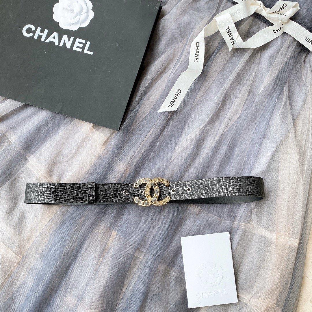 chanel香奈儿cc链条穿节金属logo扣.小牛皮软腰带