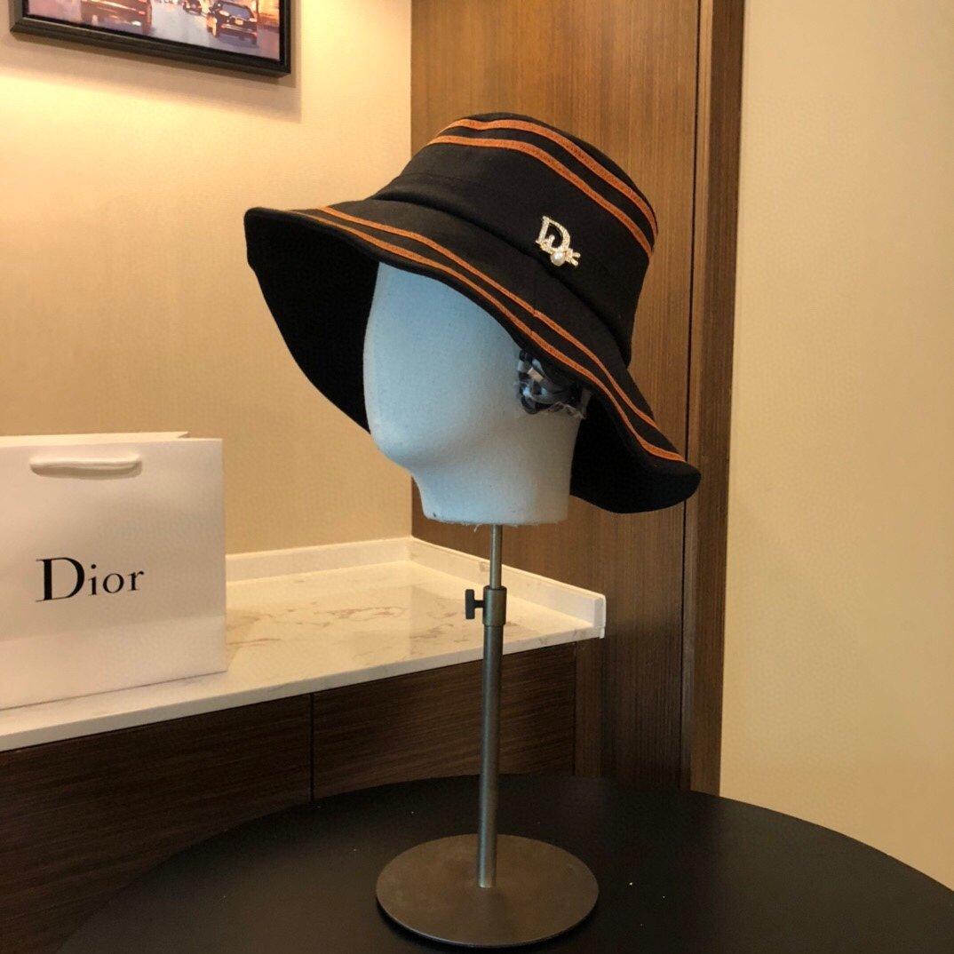 Dior迪奥新款渔夫帽字母刺绣 (图9)