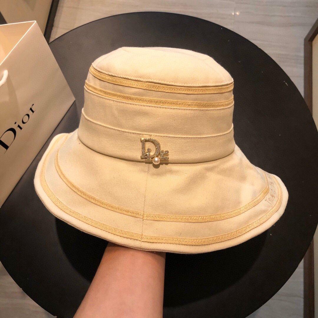 Dior迪奥新款渔夫帽字母刺绣