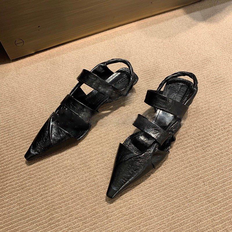 Bottega Venetd顶级版本HK专柜2020 早秋新款尖头凉鞋(图2)