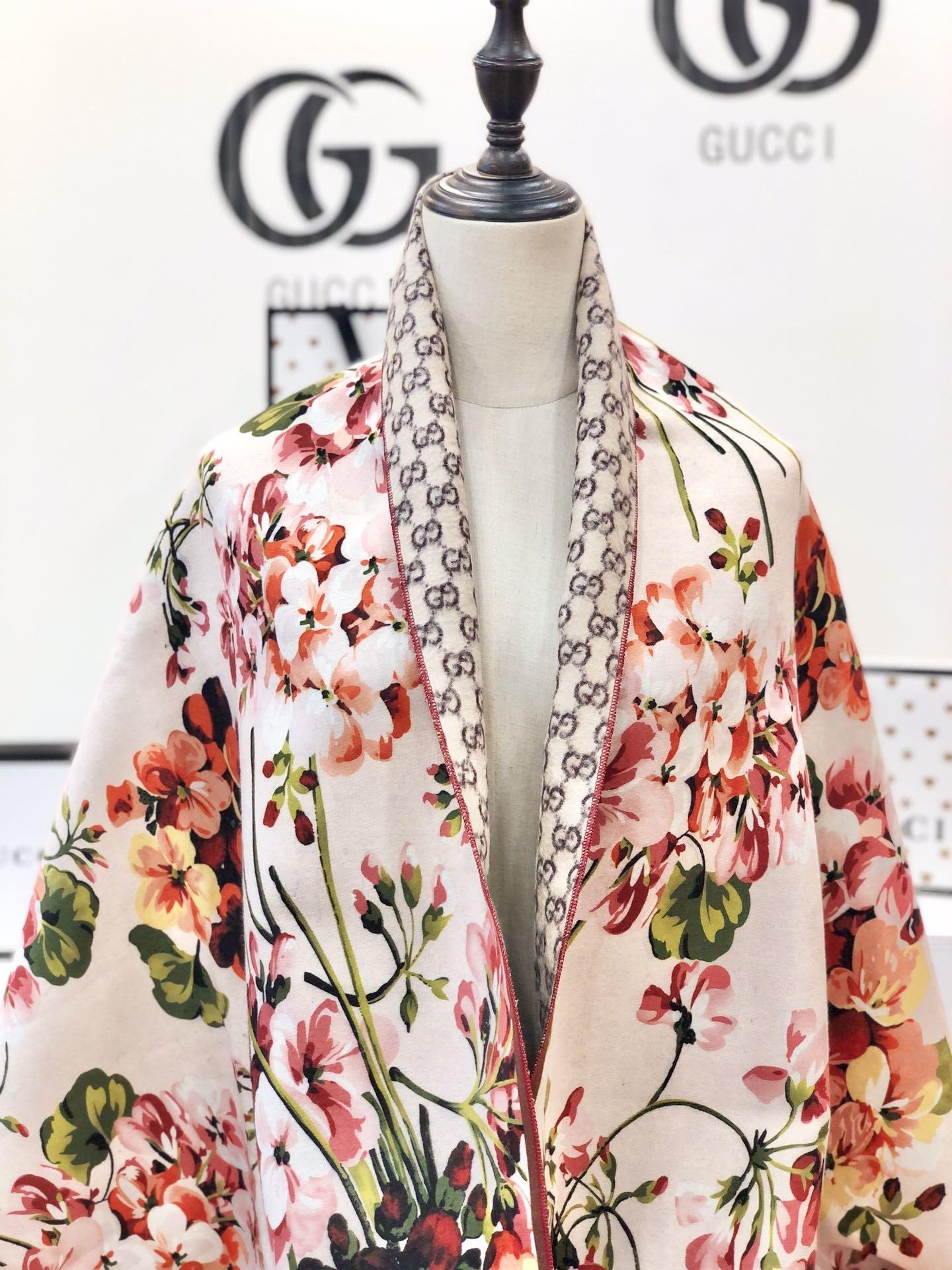 gucci真丝围巾印花图案 专柜同款(图8)