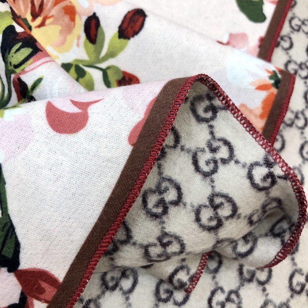 gucci真丝围巾印花图案 专柜同款(图5)