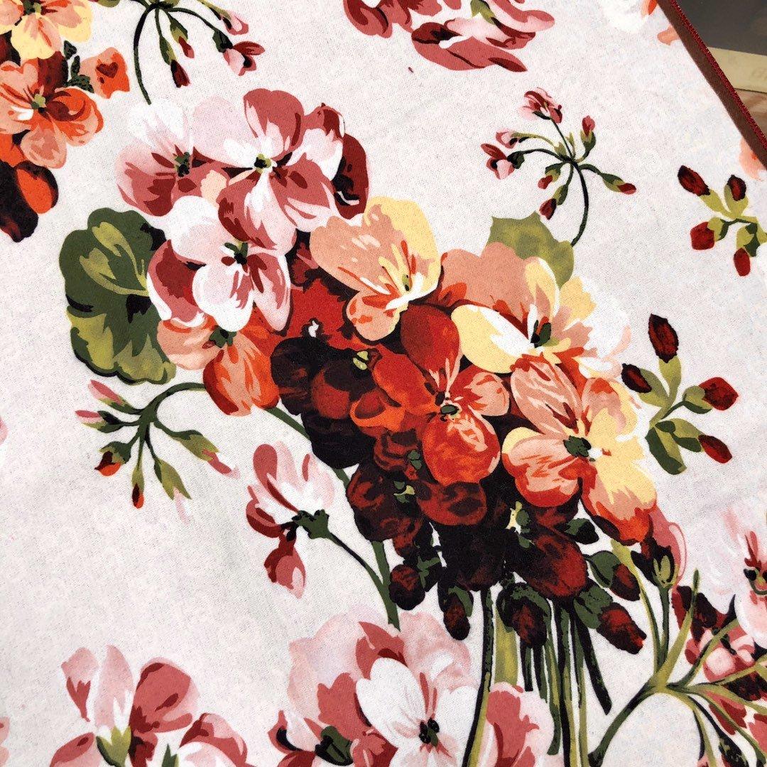 gucci真丝围巾印花图案 专柜同款(图4)