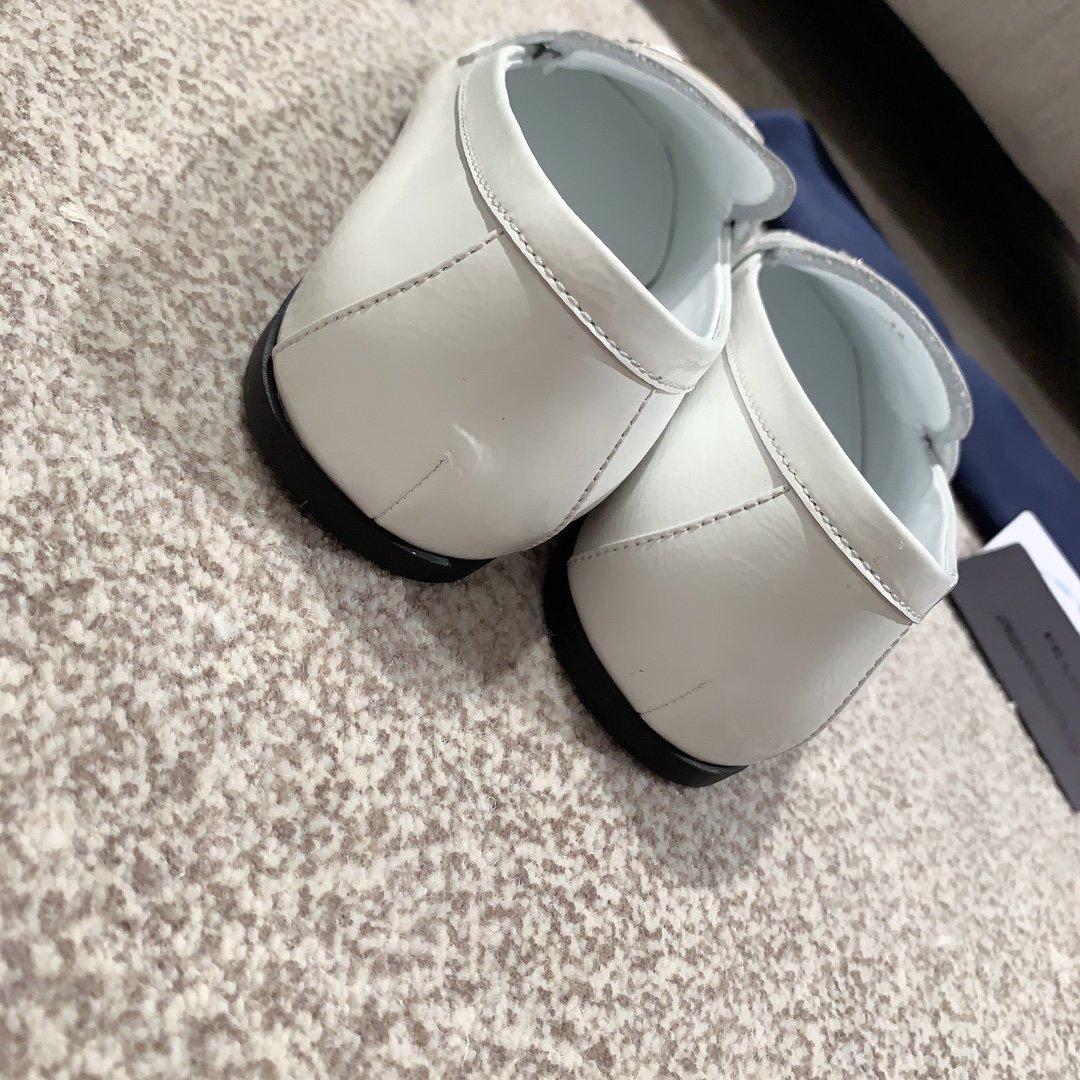 Prada代购品质2020新款乐福鞋(图7)