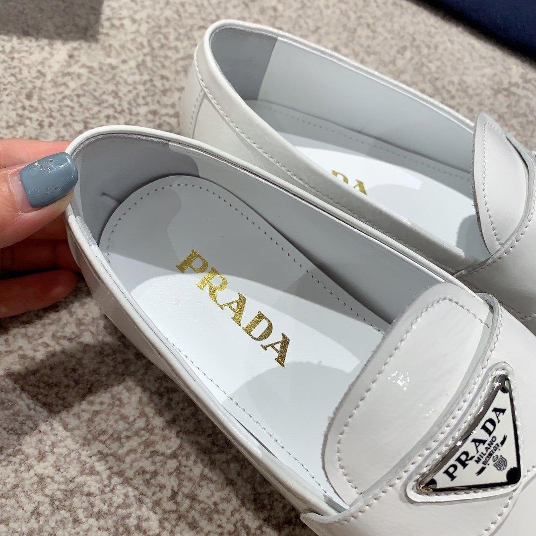 Prada代购品质2020新款乐福鞋(图6)