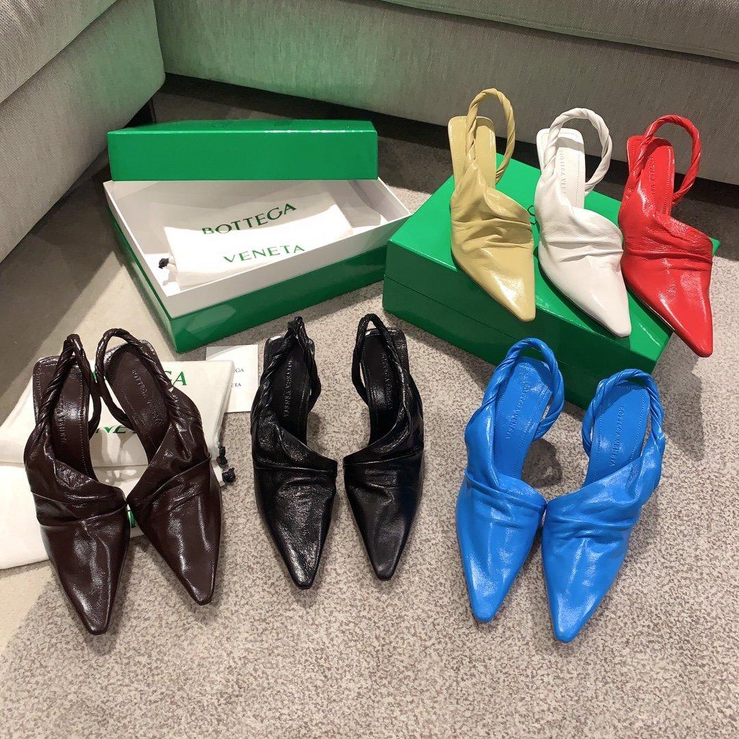 Bottega Veneta顶级版本HK专柜 2020 早秋新款尖头凉鞋(图1)