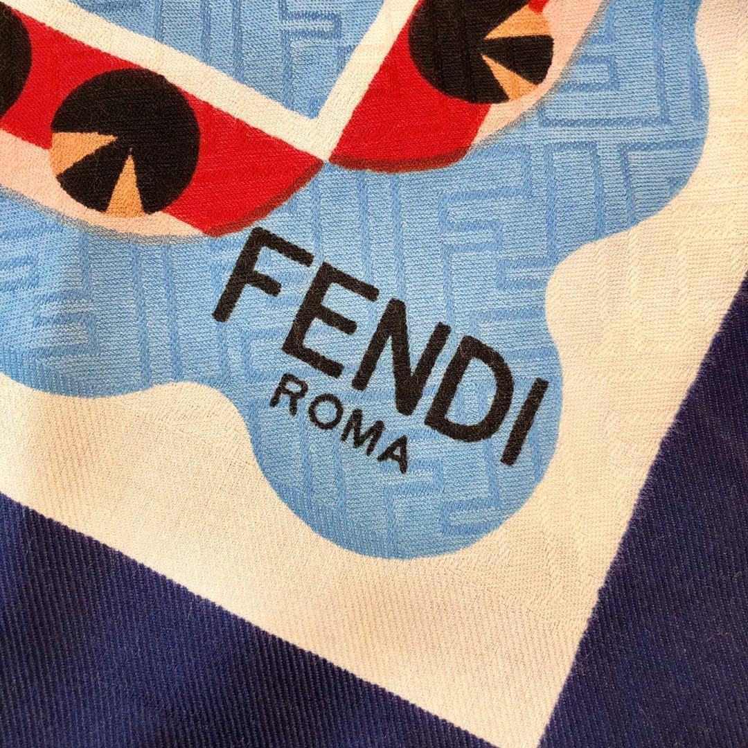 Fendi芬迪新款羊绒围巾(图6)
