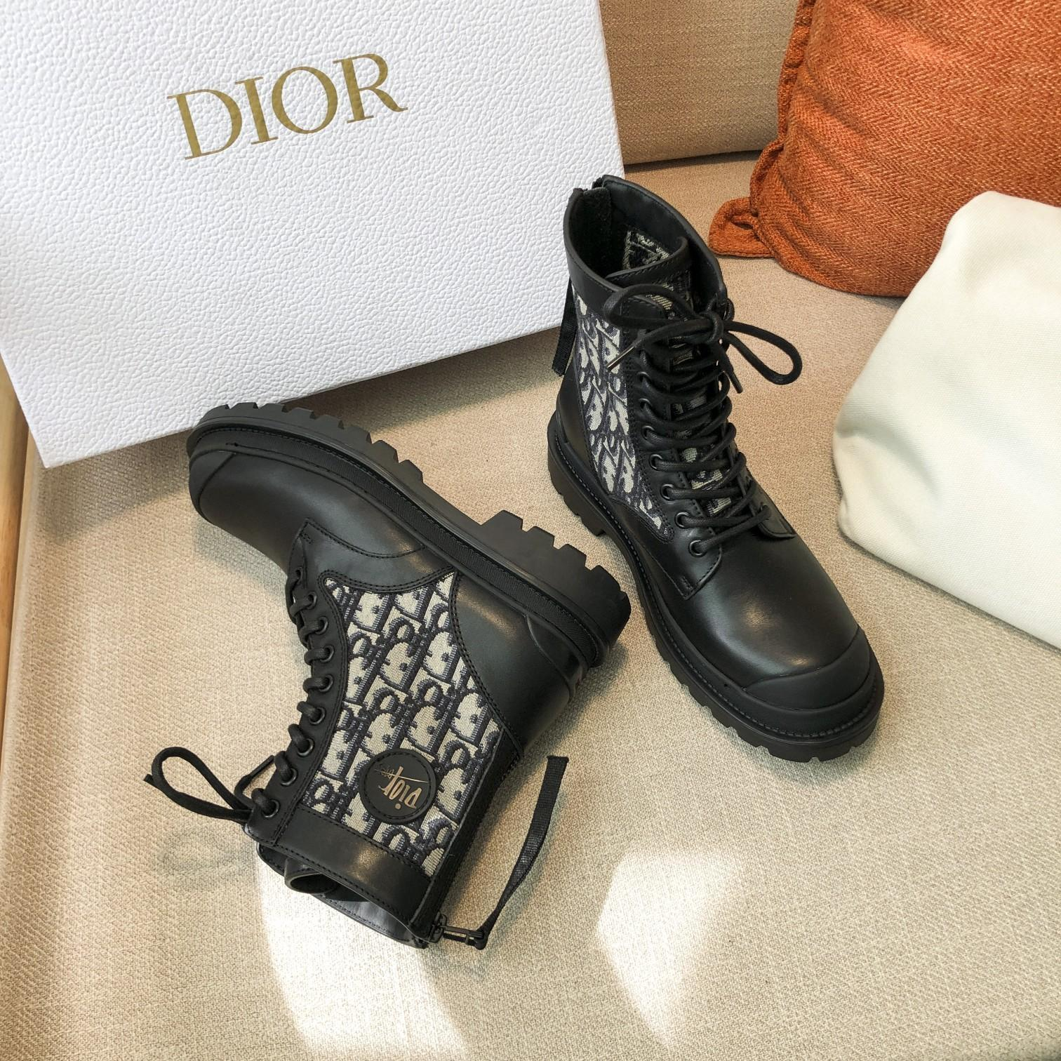 Dior高版本情侣 款2020ss秋冬新款字母厚底系带机车靴,秋冬T台走秀同款(图5)
