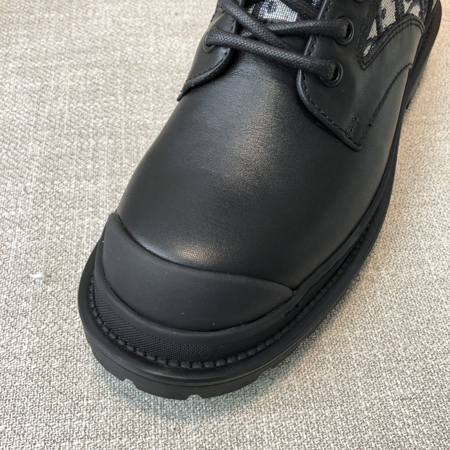 Dior高版本情侣 款2020ss秋冬新款字母厚底系带机车靴,秋冬T台走秀同款(图8)
