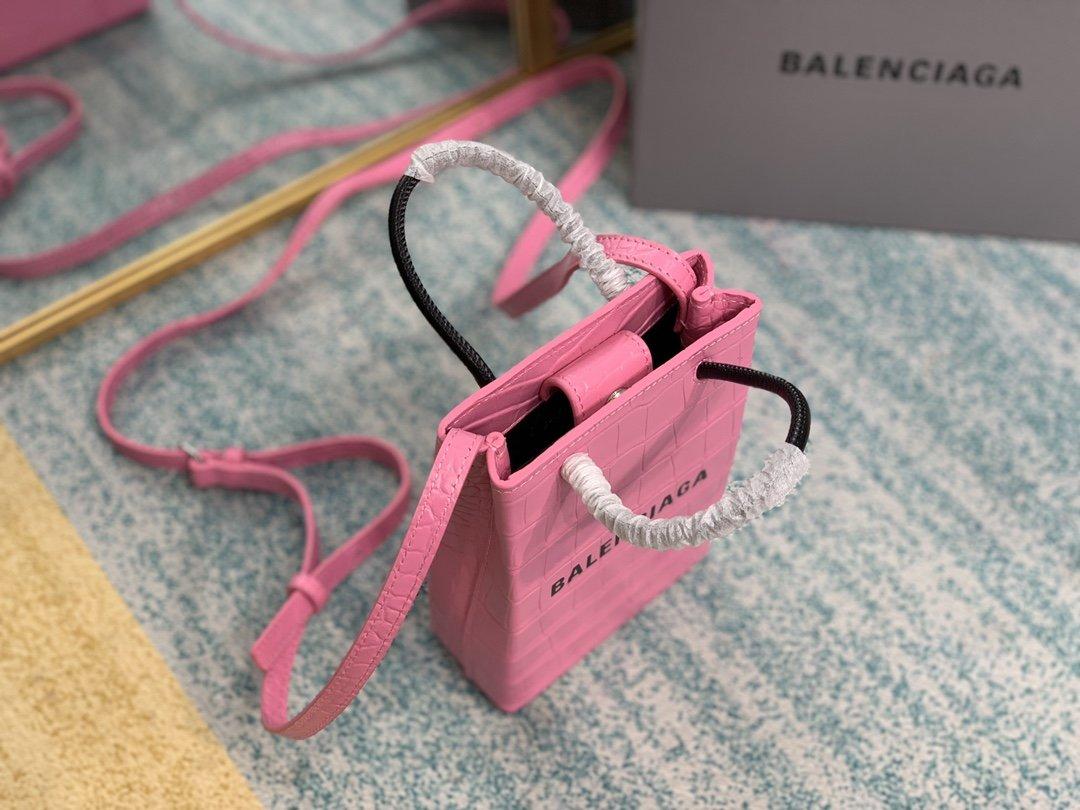 鳄鱼纹Balenciagα牛皮购物袋