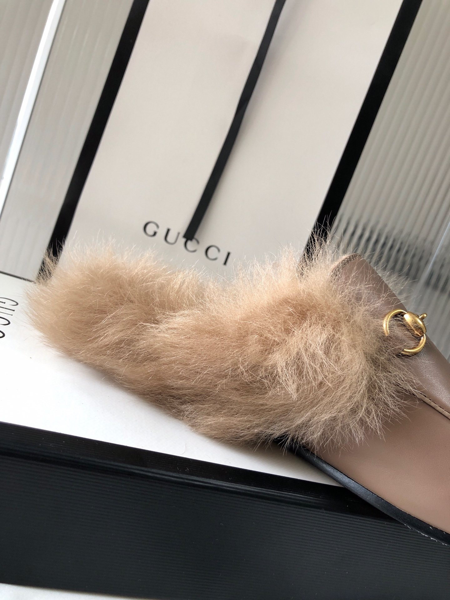 Gucci古奇 羔羊毛穆勒鞋明星同款(图16)
