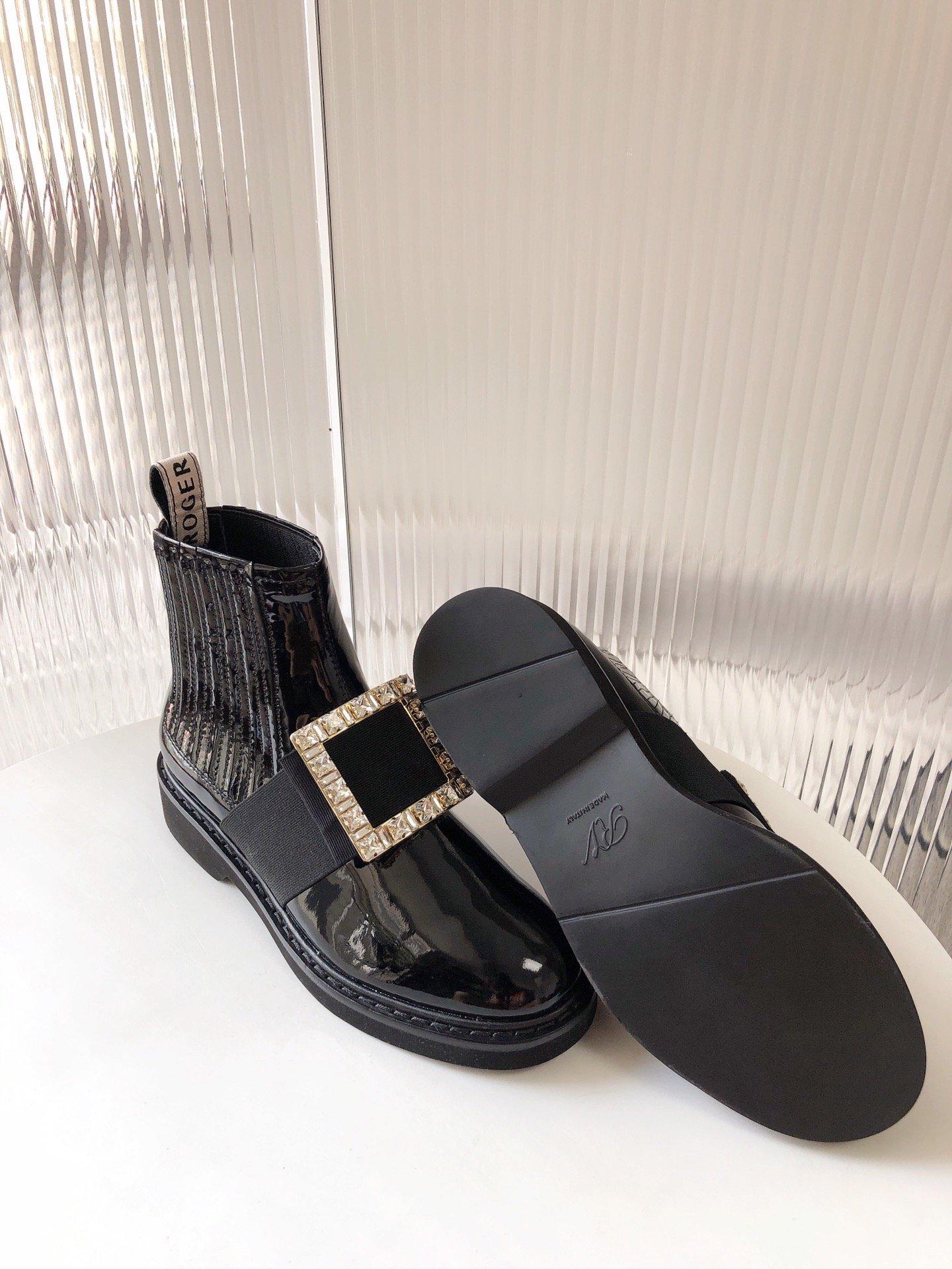 Roger Vivier 切尔西短靴 钻扣/钻扣(图7)
