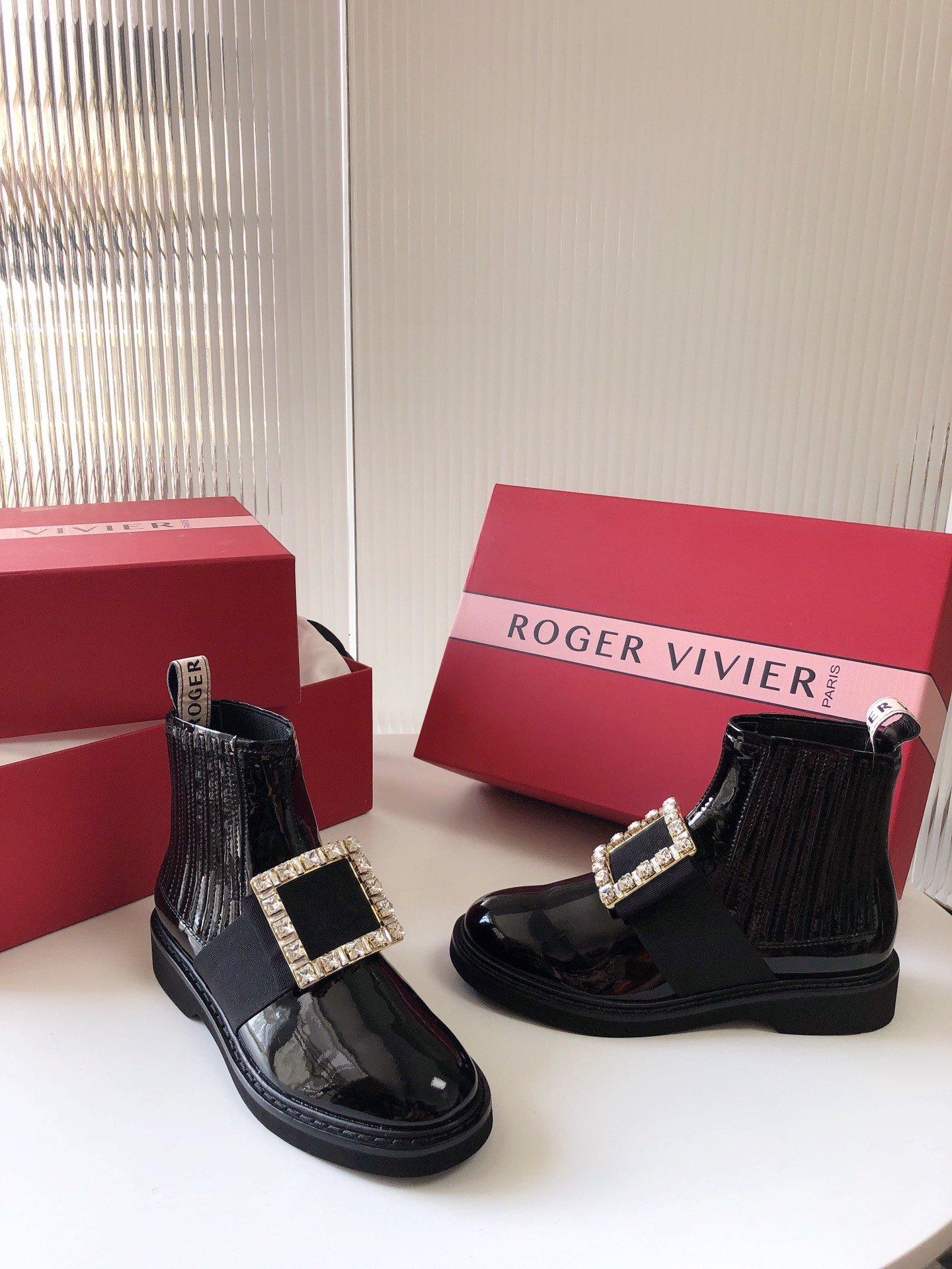 Roger Vivier 切尔西短靴 钻扣/钻扣(图3)