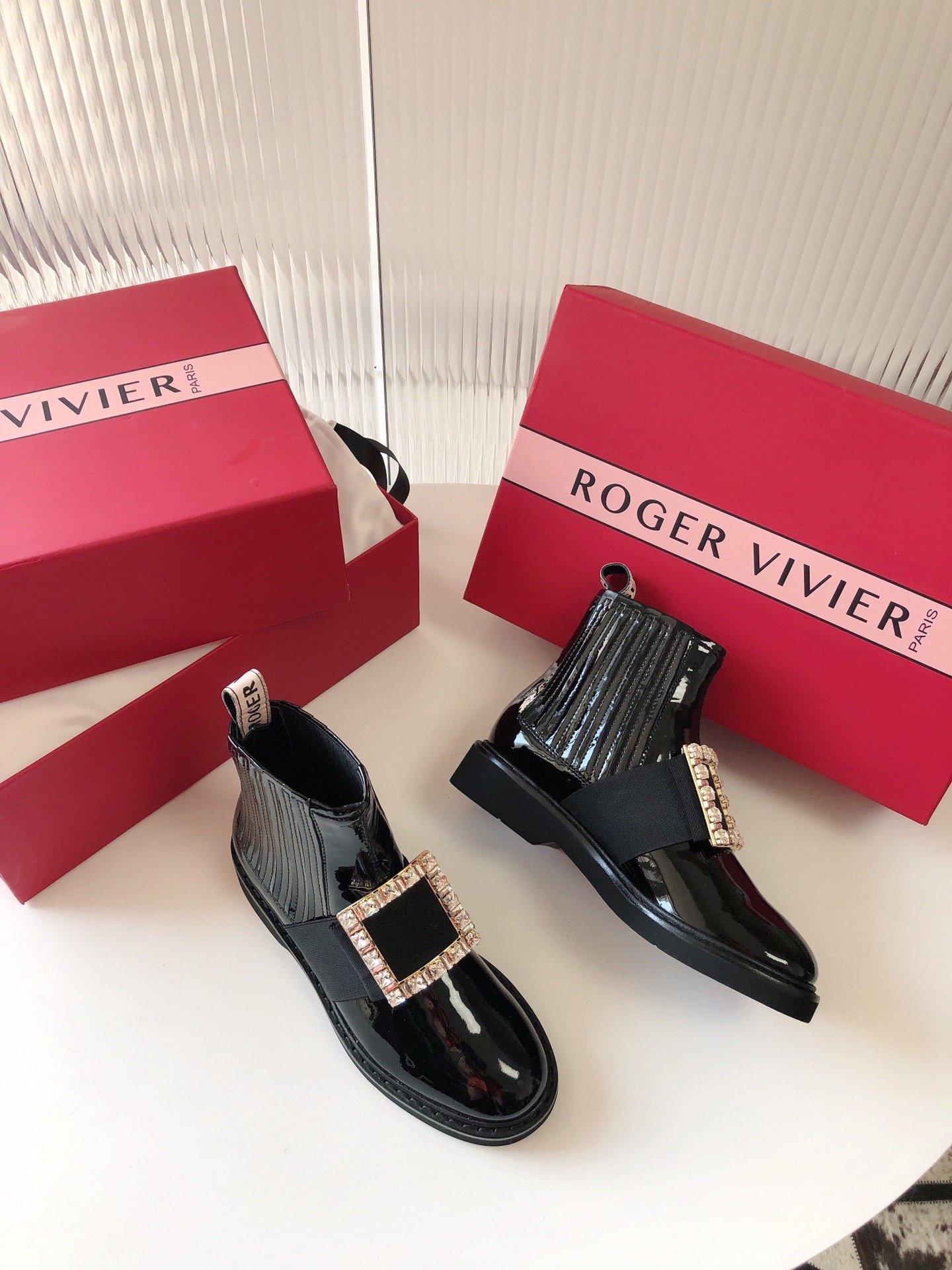 Roger Vivier 切尔西短靴 钻扣/钻扣(图2)