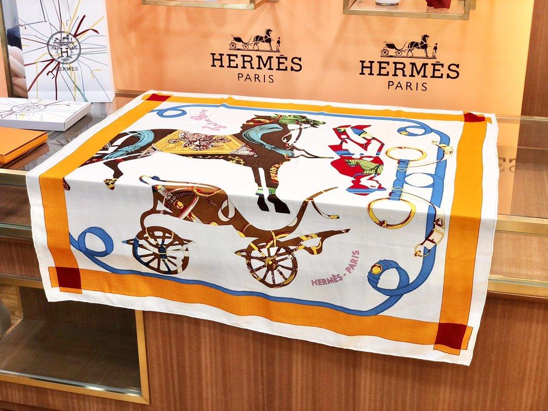 Hermes殿堂级御用丝绒大方巾(图4)