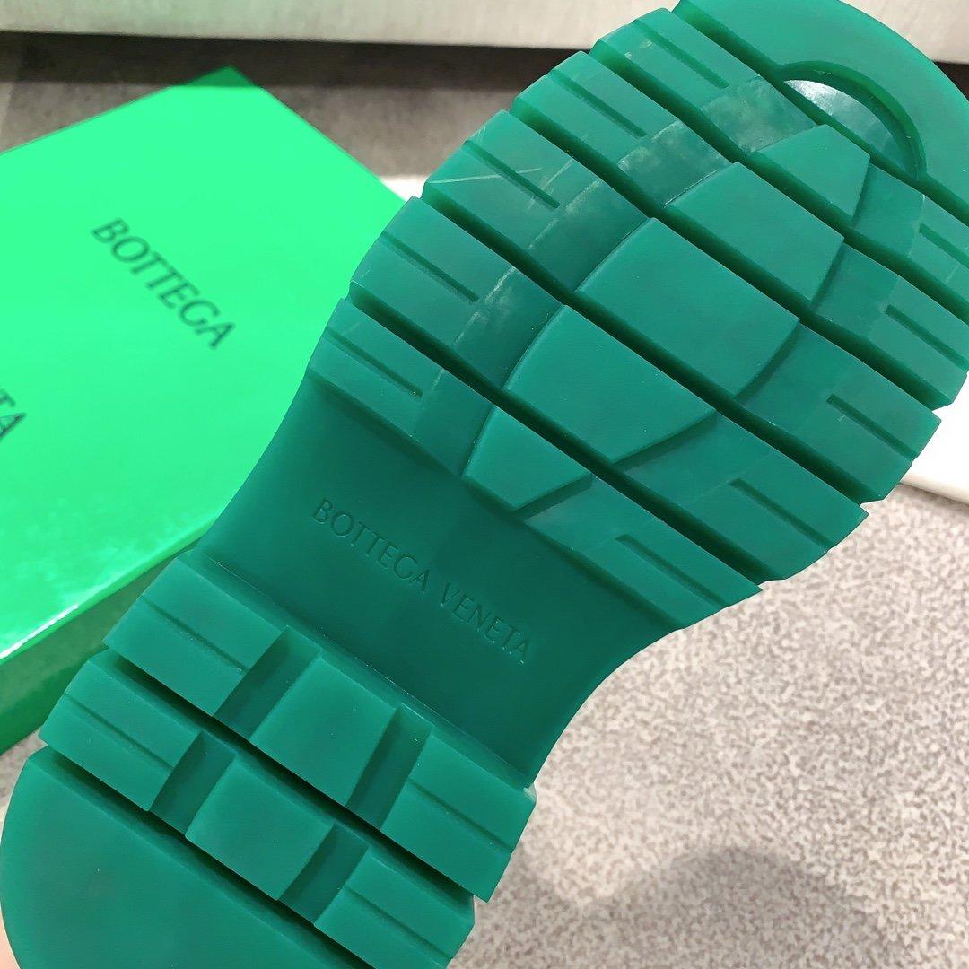 Bottega Veneta代购版本 2020秋冬新款彩色 底马丁靴(图7)
