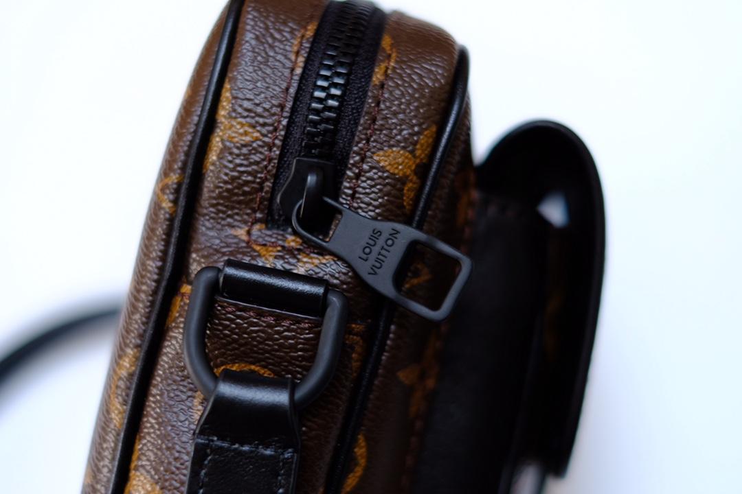 LV M69404 Christopher 男士新款迷你老花相机包(图10)