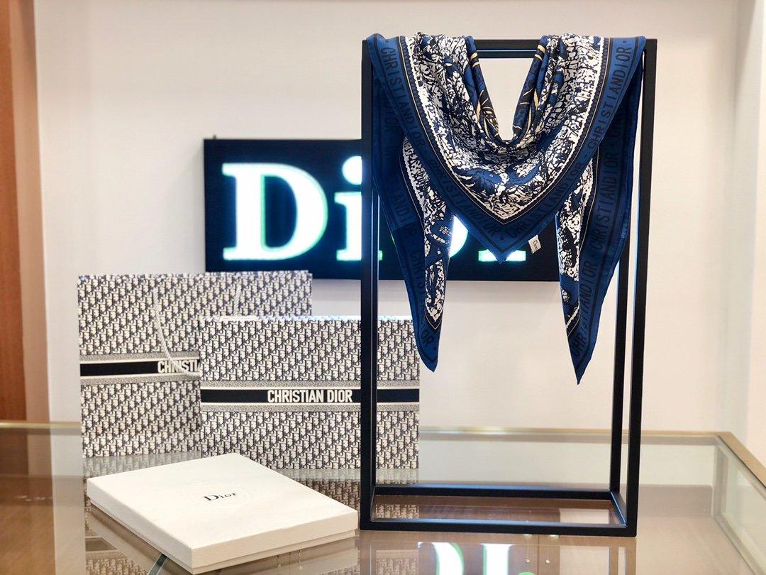 Dior丝巾 100%真丝 手工卷边丝巾 专柜有 售(图7)