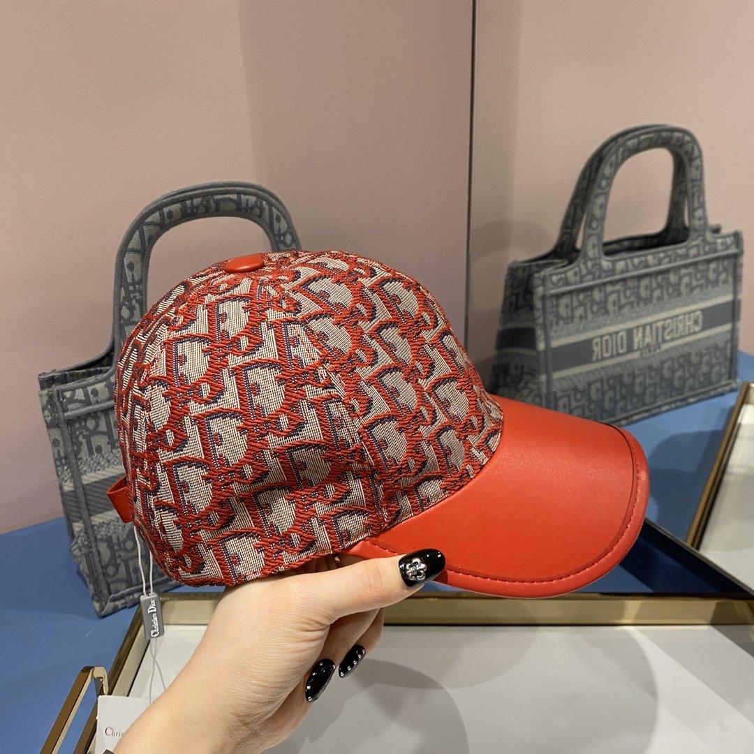 配盒子布袋Dior迪奥新款原单棒球帽