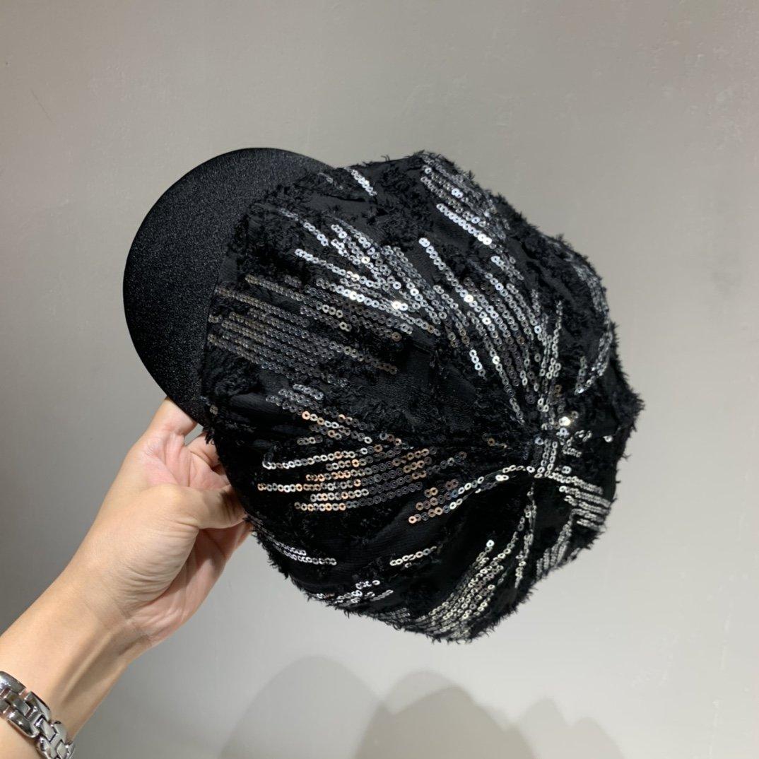 Chanel香奈儿八角鸭舌帽炫酷珠片