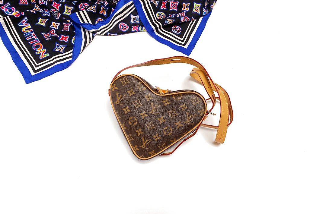 LV Heart Bag爱心系列 Monogram老花 M45150(图1)