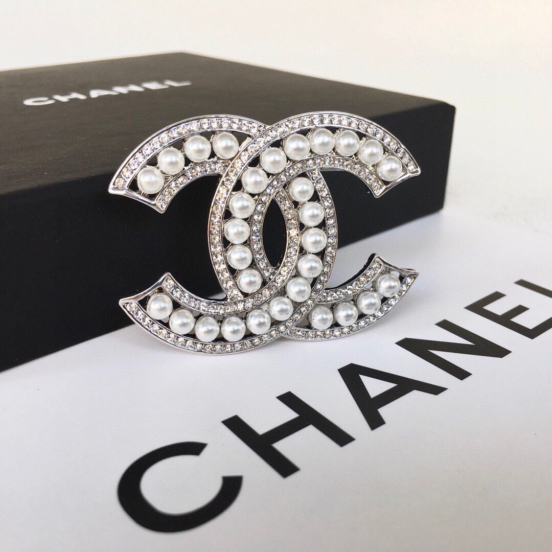 小香Chanel火爆胸针最高代购级别