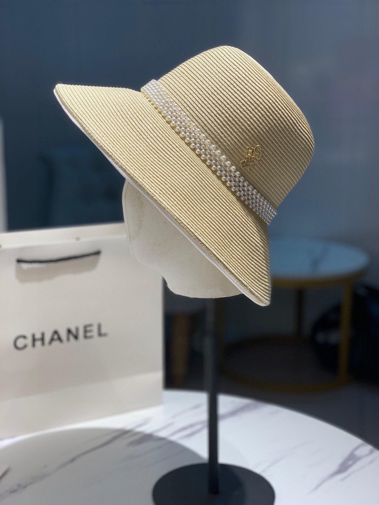 Chanel香奈儿新款草帽大檐帽珍珠