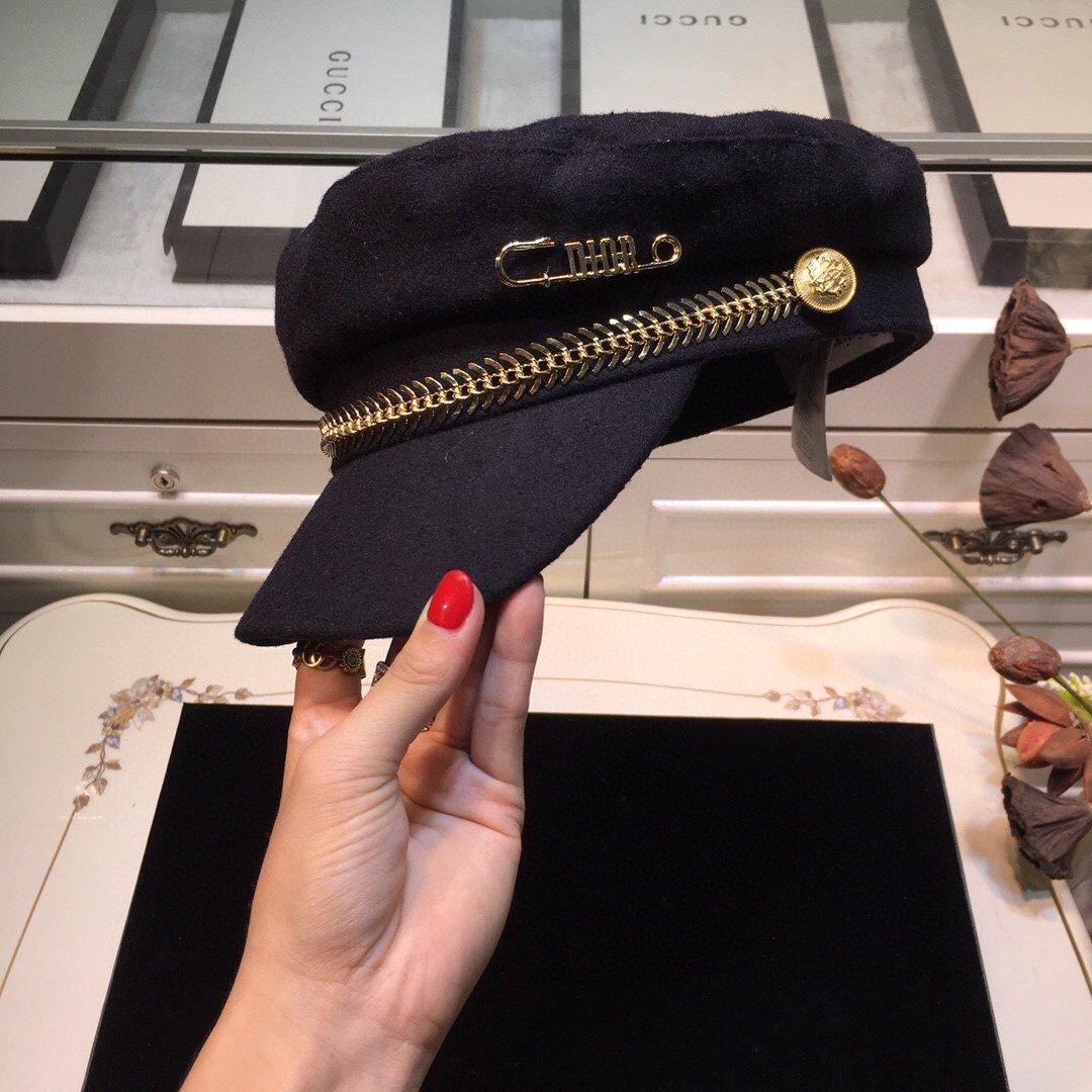 上新Dior迪奥新款别针鱼骨链毛呢军