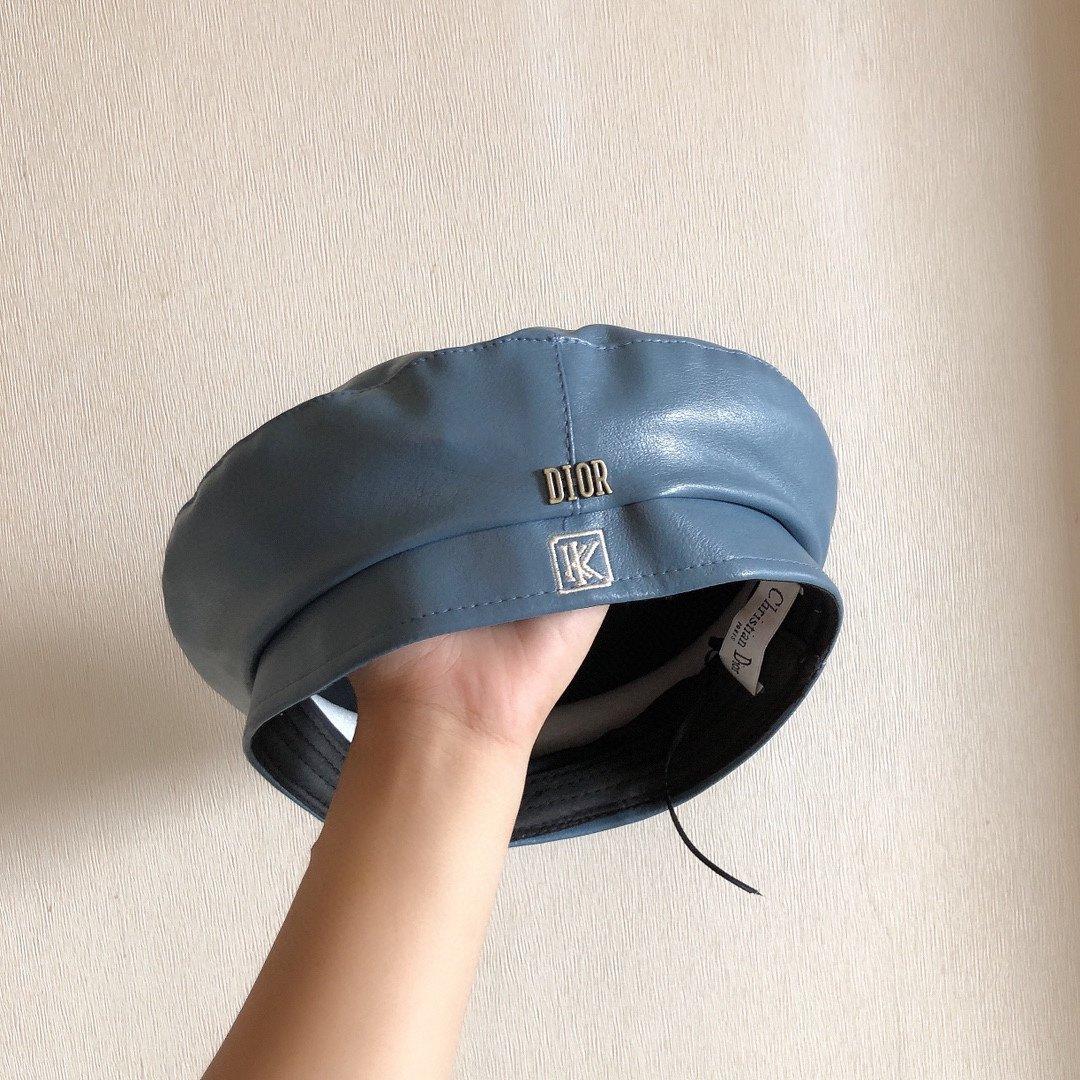 Dior迪奥早秋新款薄款雪尼尔贝雷帽