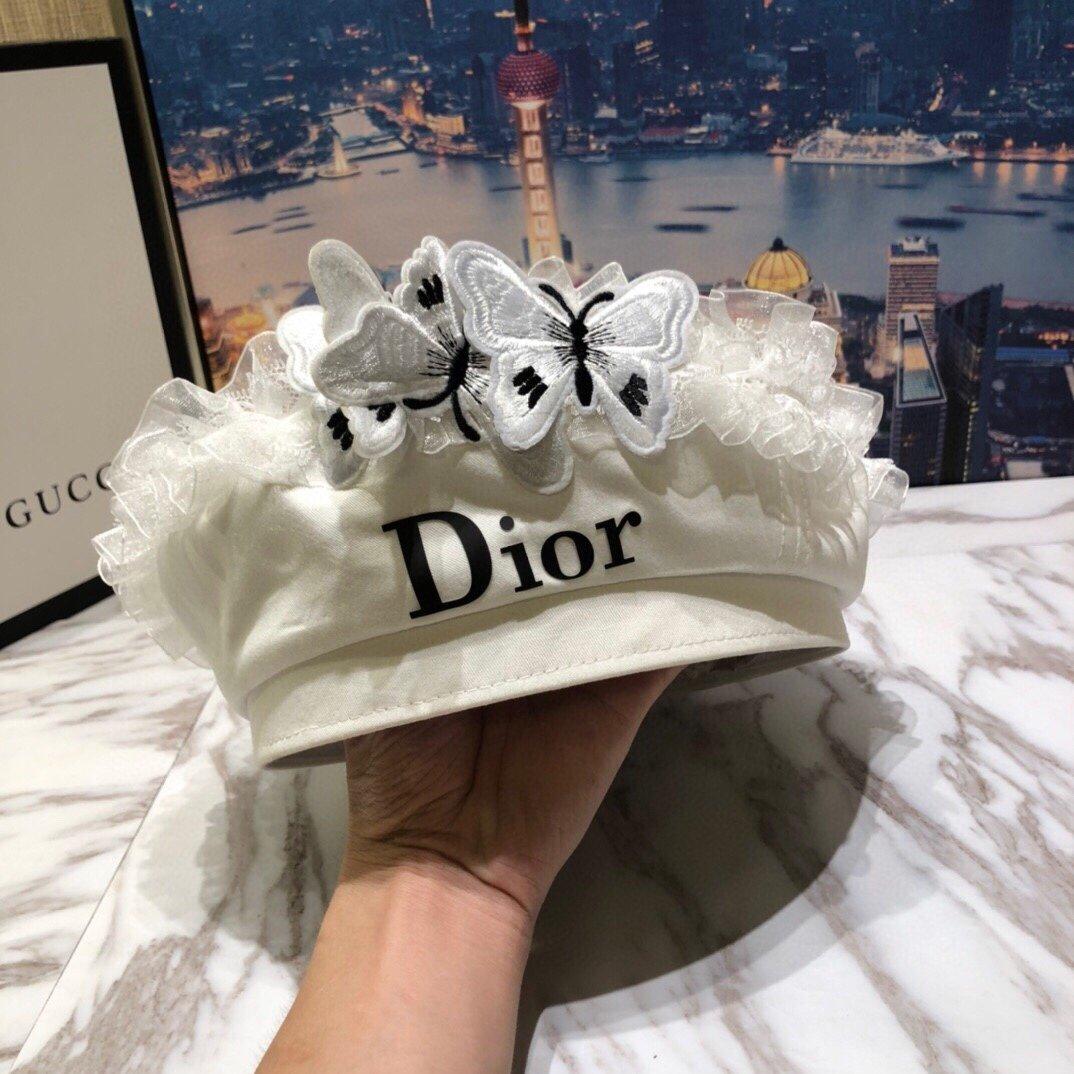 Dior迪奥贝雷帽!蝴蝶设计每年必不