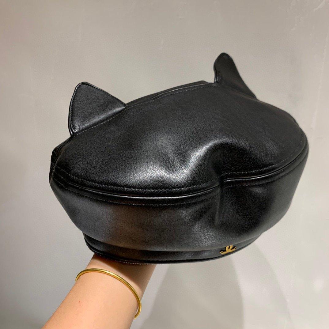 Chanel香奈儿猫咪耳朵贝蕾帽Pu