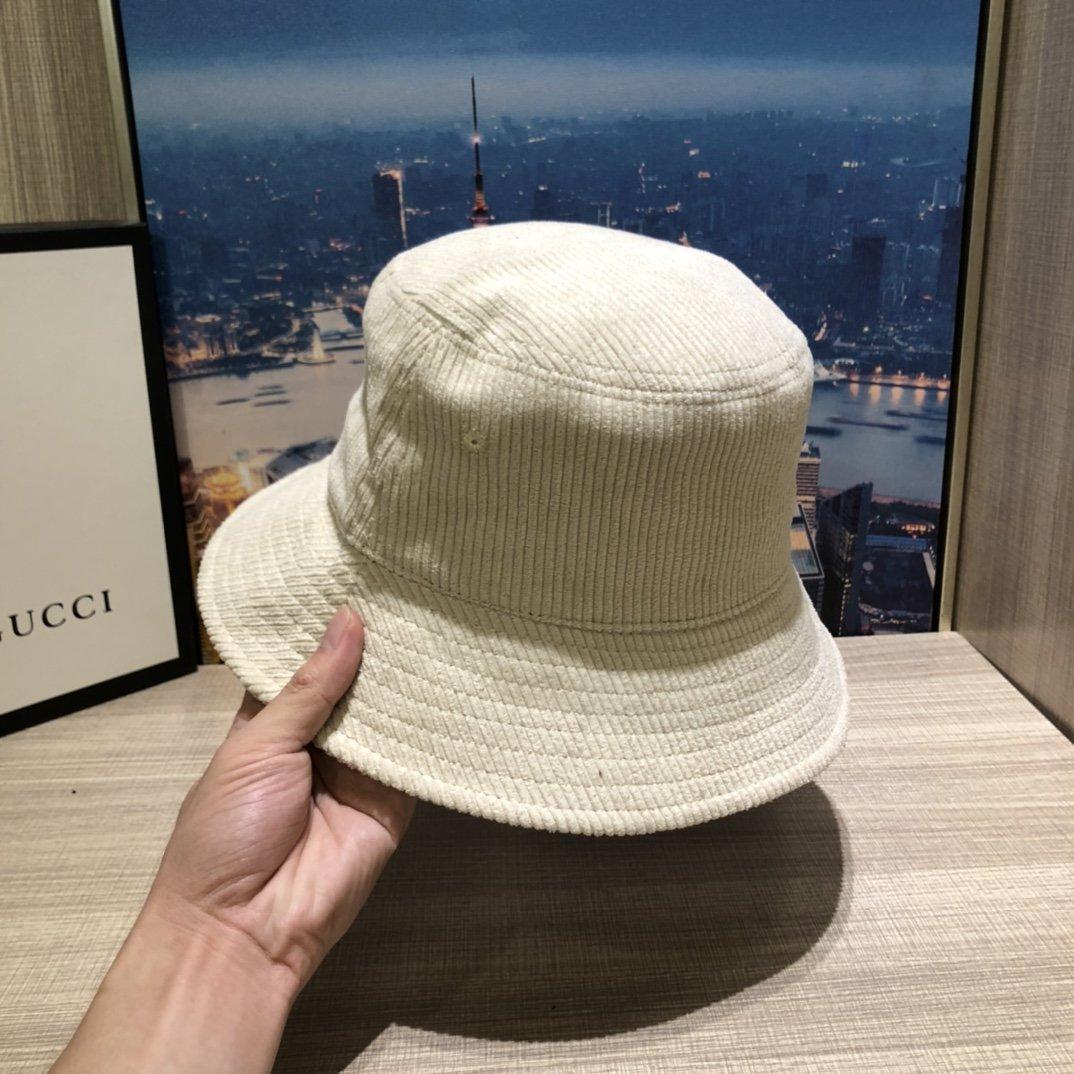 普拉达PRADA新品渔夫帽灯芯绒原单