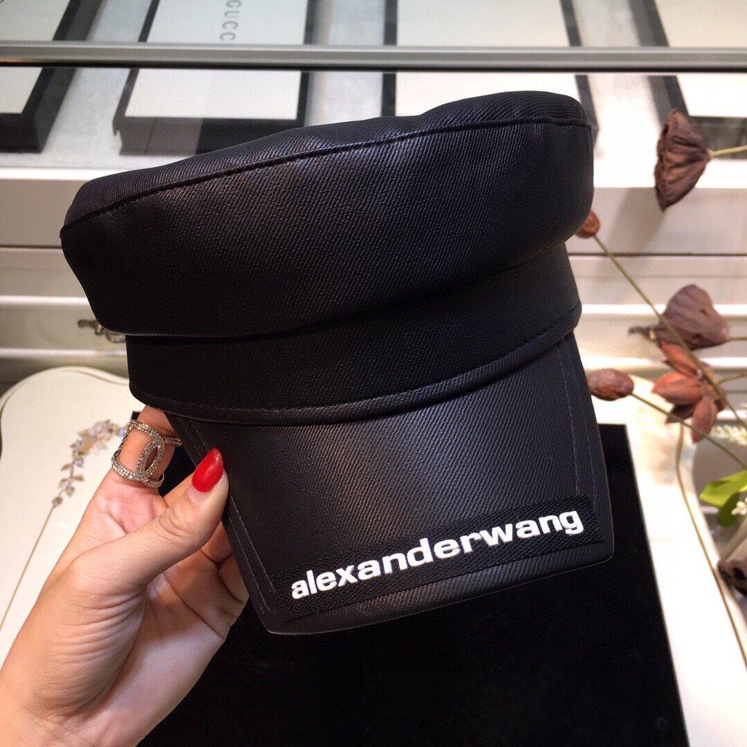 上新爆款到货AlexanderWan
