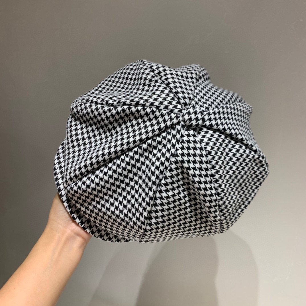 Dior迪奥2020秋季新款八角帽贝