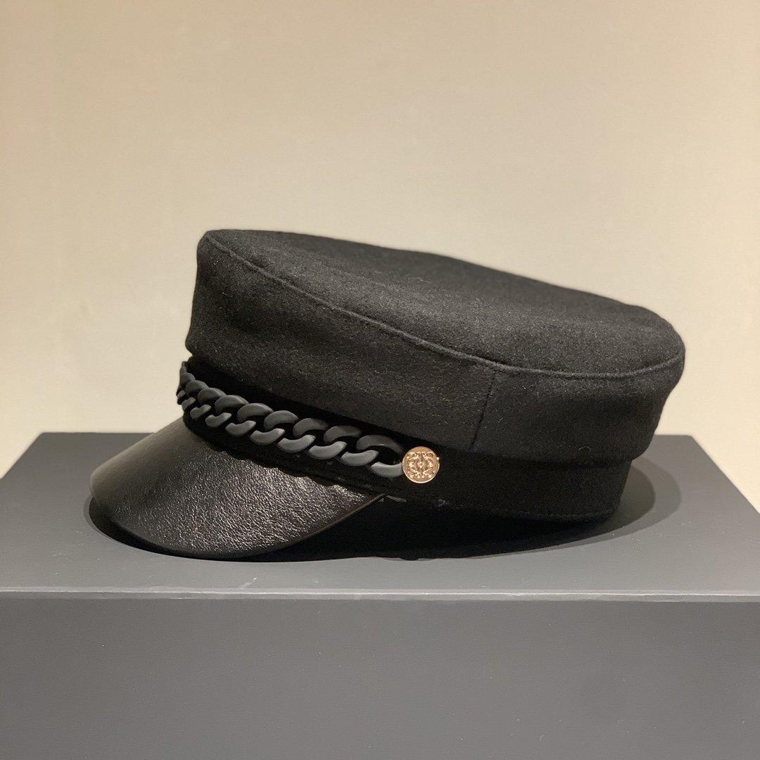 LOEWE罗意威2020新款羊绒军帽