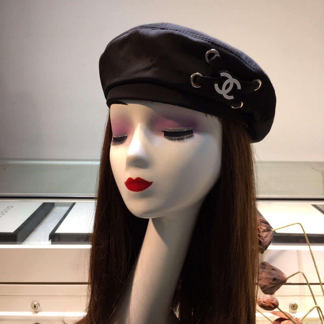 上新香奈儿CHANEL新款时装贝雷帽