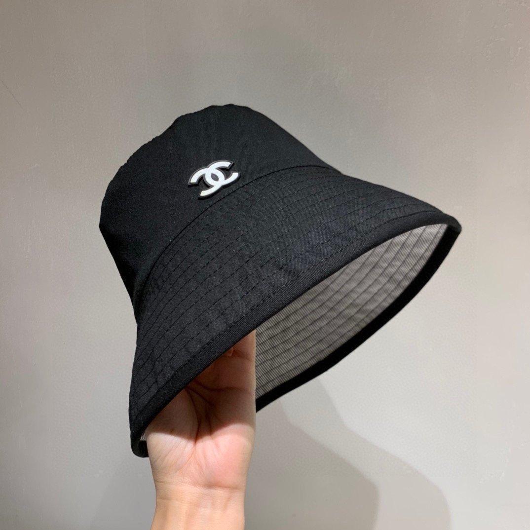 Chanel香奈儿双面渔夫帽帆布面料