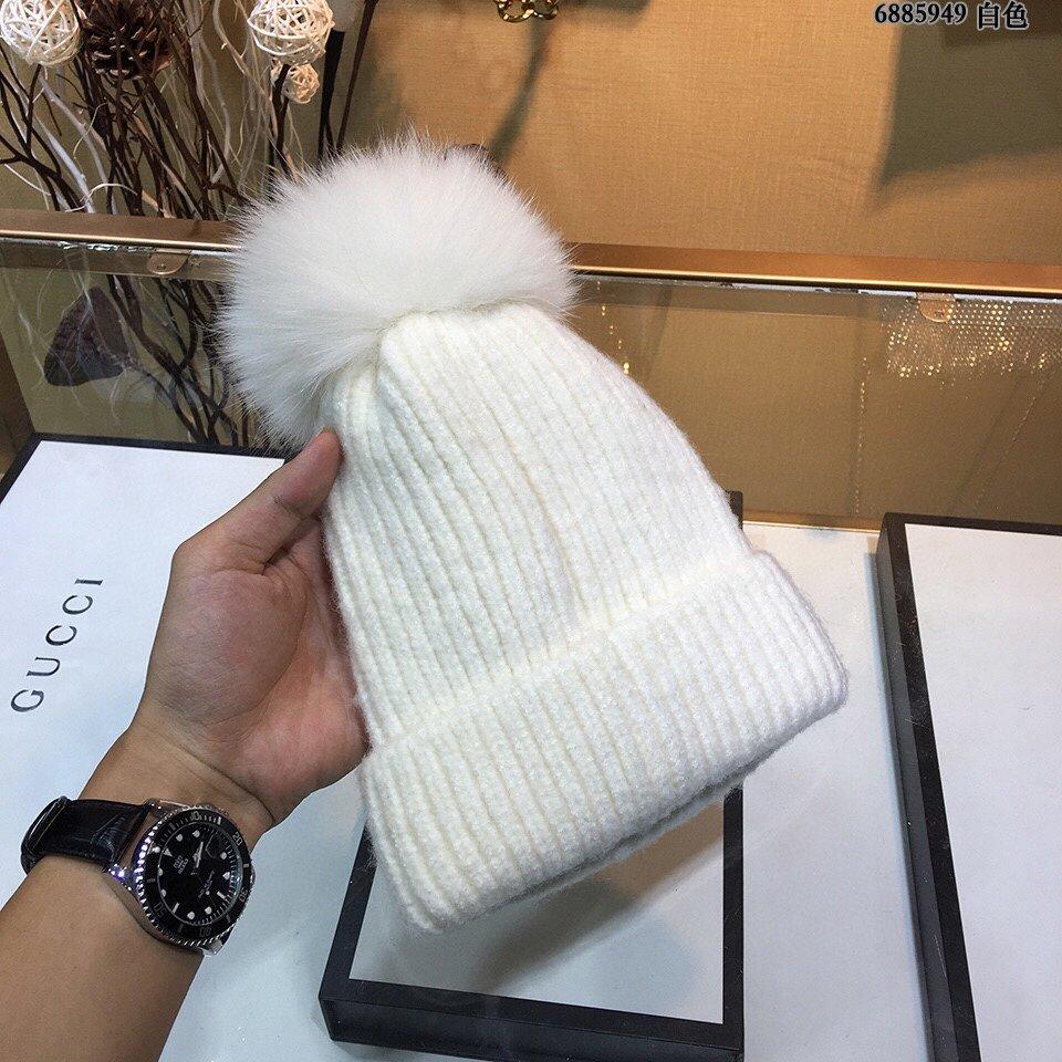 Lv与suPermem联名款毛线帽简