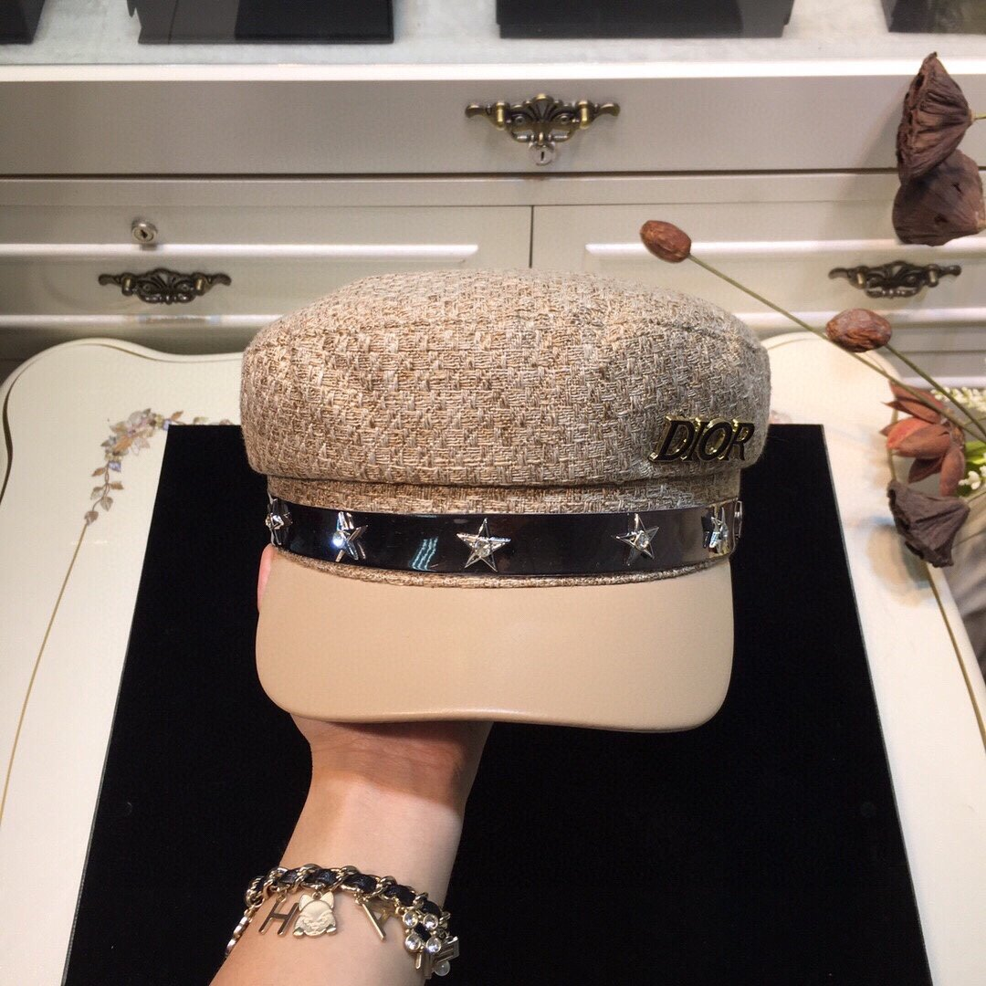 上新Dior迪奥新款时装海军帽五星点