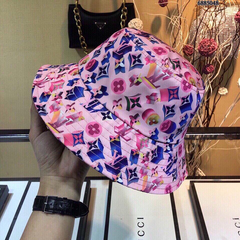 LV路易威登新款印花渔夫帽时尚亮眼简