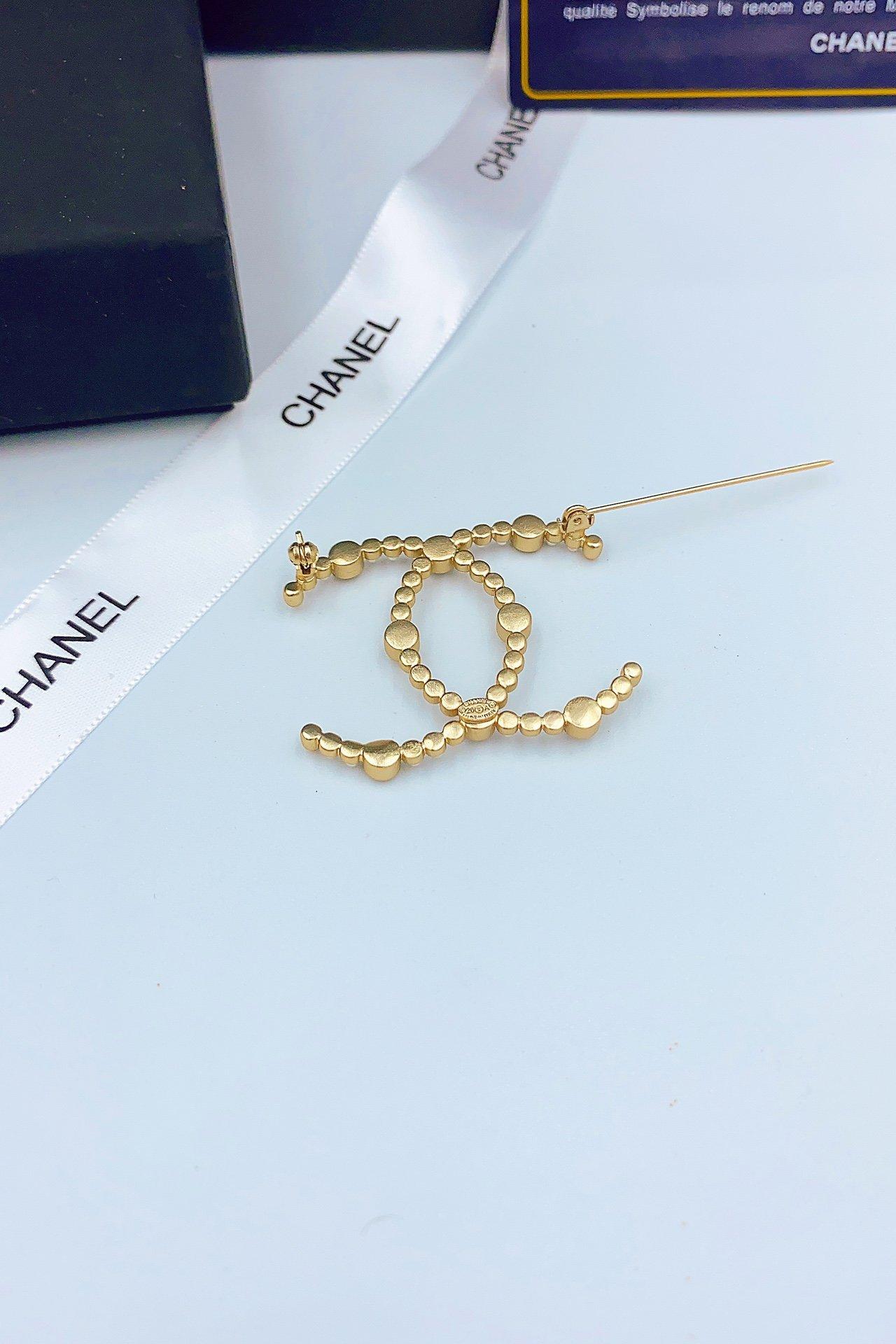 原单品质CHANEL小香珍珠钻双c胸