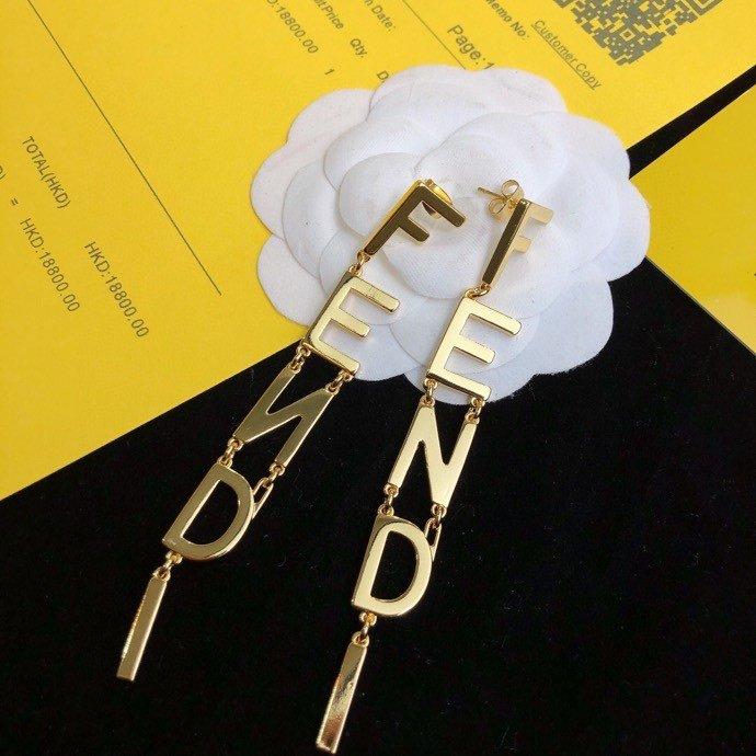 FENDI芬迪字母耳环高端定制爆款新