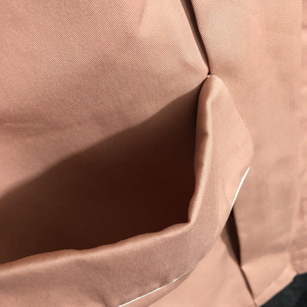 Gucci新款撞色包边灯笼长袖中长款