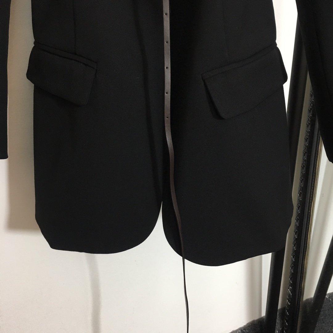 BV新款三角皮带收腰翻领长袖西装外套