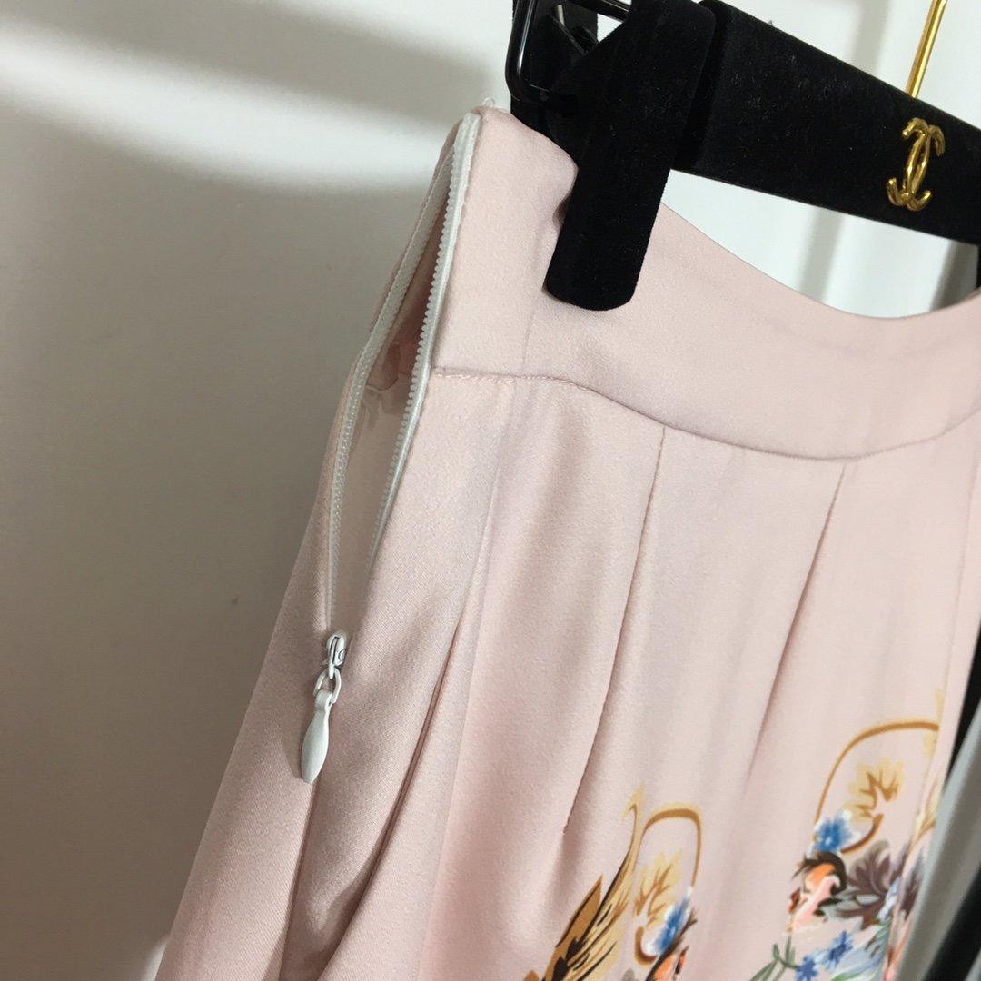 DG新款复古花朵印花拉链外套+高腰裤