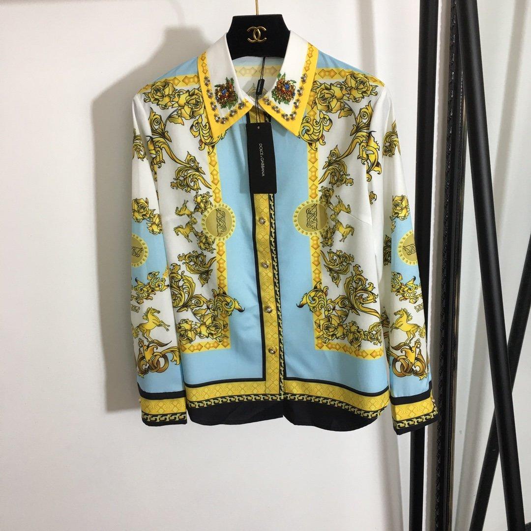 DG新款重工钉珠领衬衣+高腰短裤套装