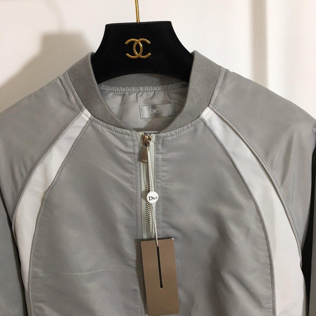 Dior新款后背刺绣图案长袖拉链夹克