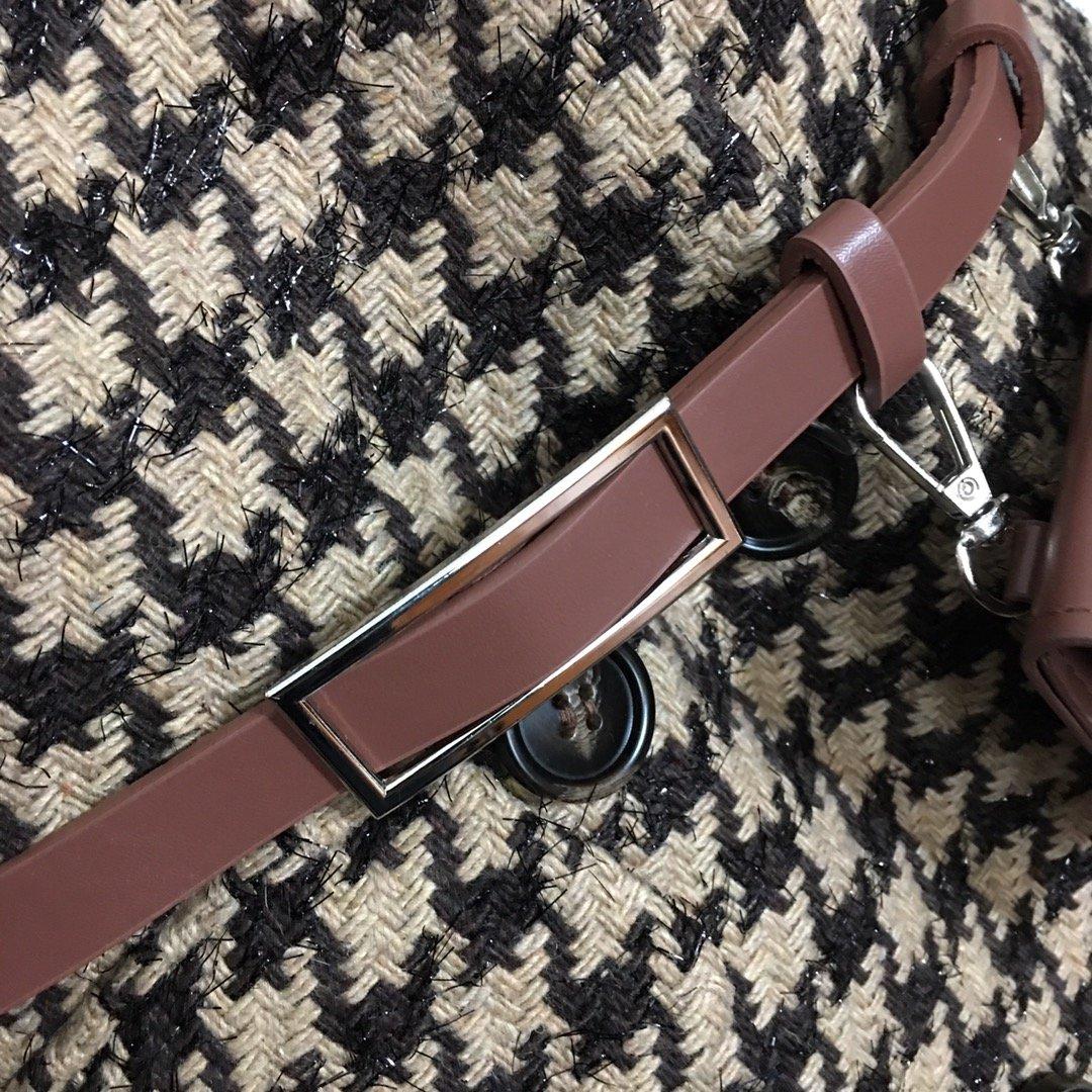 Dior新款纯色针织打底衫+亮丝混纺